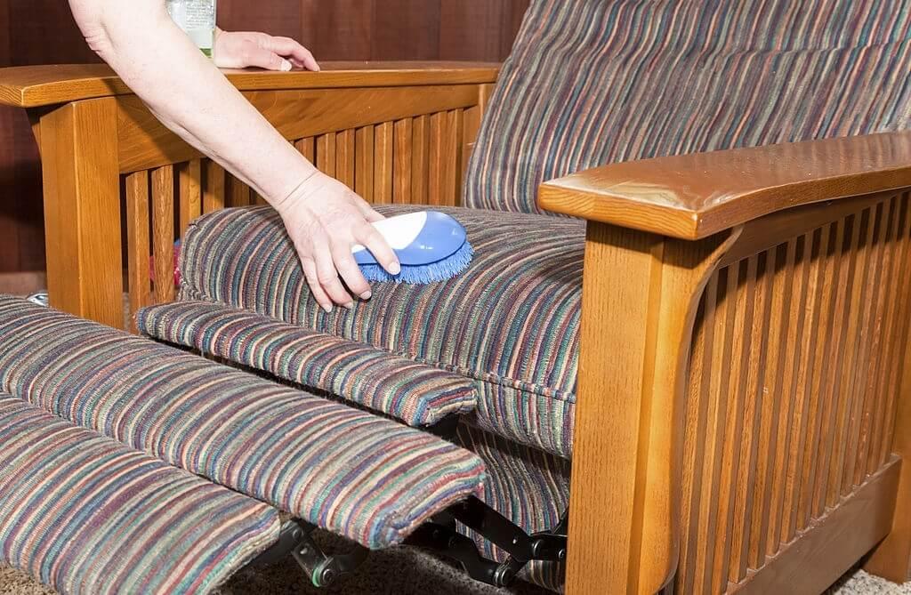 Easy Upholstery Maintenance Tips
